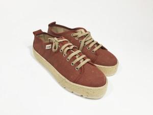 Platform_sneakers_front
